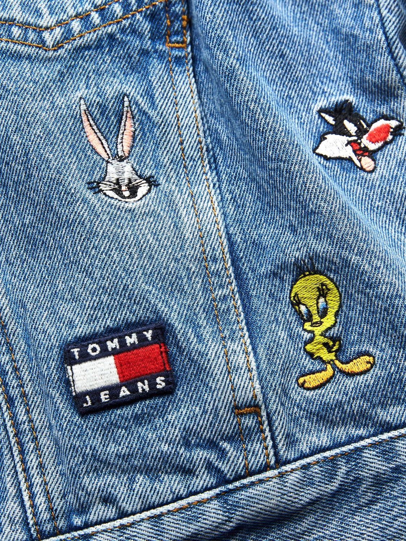 джинсы tommy jeans looney tunes