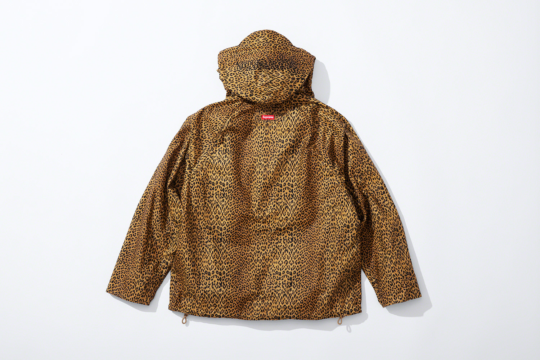 леопардовая вощеная куртка коллекция supreme barbour весна 2020